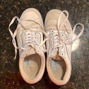 Vans Unisex All White Skater Shoes